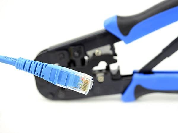 Install UTP Cable